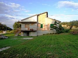Casa indipendente in vendita contrada cupa Manoppello (PE)