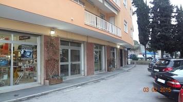 Negozio o Locale in affitto Viale Unita d'Italia Chieti (CH)