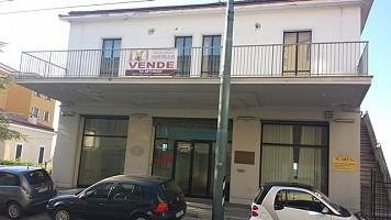 Stabile o Palazzo in affitto VIA FEDERICO SALOMONE Chieti (CH)