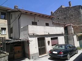 Casa indipendente in vendita via Isonzo Rapino (CH)