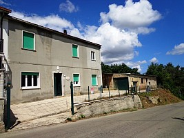 Porzione di casa in vendita via santa maria Ari (CH)