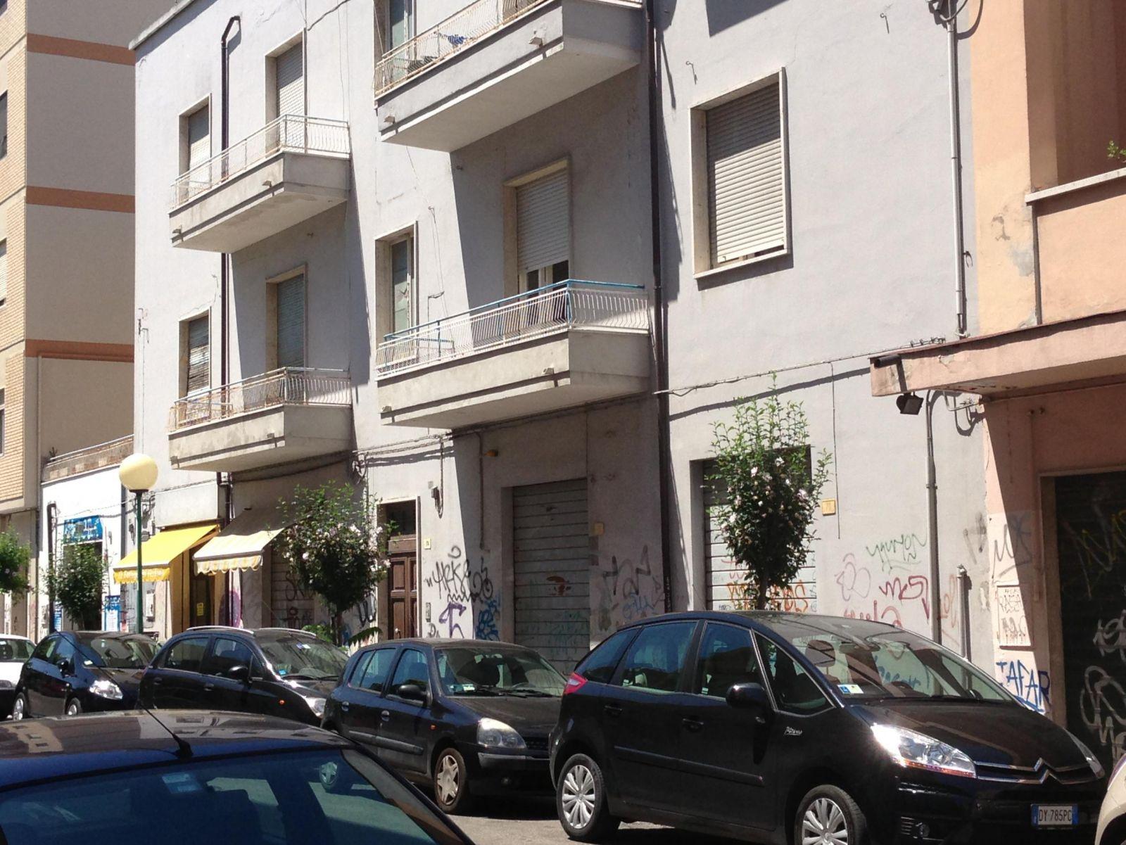 Appartamento in vendita in via dei marrucini zona centro for Case in vendita pescara centro