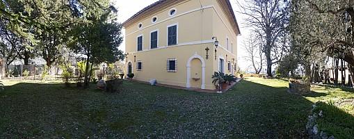 Villa in vendita Voc. San Silverstro Calvi dell'Umbria (TR)