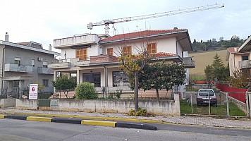 Casa indipendente in vendita Via Salaria Superiore 43 Castellalto (TE)