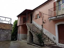 Porzione di casa in vendita VIA A. DE HORATIIS Roccamorice (PE)