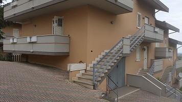 Porzione di casa in vendita via pignatara Cappelle sul Tavo (PE)