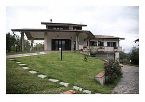 Villa in vendita C.da Cerquone Tossicia (TE)