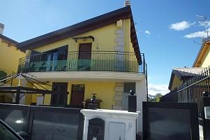 Villa a schiera in vendita Colli .Contrada San Giovanni  Montesilvano (PE)