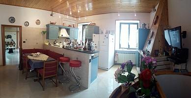 Casa indipendente in vendita Via Roma  Morro d'Oro (TE)