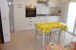 Appartamento in vendita Via Vicenza Alba Adriatica (TE)