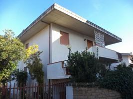 Villa bifamiliare in vendita Via Della Rinascita, 5 Scafa Scafa (PE)