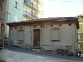 Casa indipendente in vendita via 123^brigata fanteria (zona s.maria)  Chieti (CH)