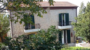 Casa indipendente in vendita contrada coste osento 8 Pollutri (CH)