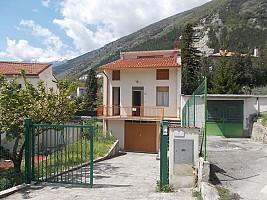 Villa in vendita via Duca degli Abruzzi Taranta Peligna (CH)