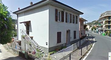 Casa indipendente in vendita via 4 novembre Casarza Ligure (GE)
