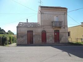Casale o Rustico in vendita via Colle Orzo Scerni (CH)