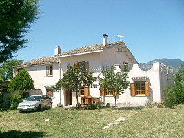 Casa indipendente in vendita contrada colle cavalieri Loreto Aprutino (PE)