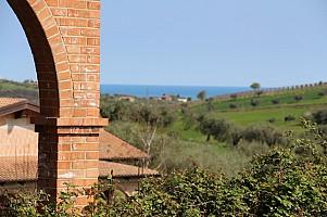 Casale o Rustico in vendita Via Fonte Galliano Mosciano Sant'Angelo (TE)