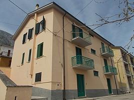 Appartamento in vendita via Domenico Madonna Lama dei Peligni (CH)