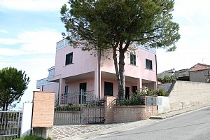 Villa bifamiliare in vendita  Silvi (TE)