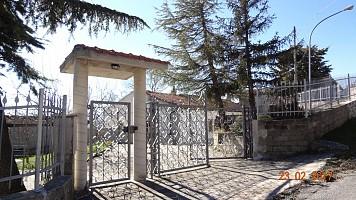 Casa indipendente in vendita C.da Cona Brittoli (PE)