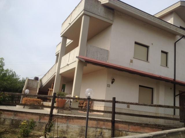 Villa in vendita CONTRADA COLLE QUINZIO DI VESTEA Civitella Casanova (PE)