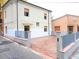 Casa indipendente in vendita Via Borgo Forno 17 Miglianico (CH)