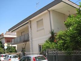 Porzione di casa in vendita via Monti 17 Roseto degli Abruzzi (TE)
