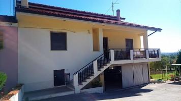 Porzione di casa in vendita via ponte fara 17 Alanno (PE)