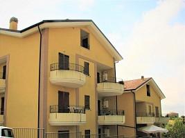 Appartamento in vendita via De Vincentis Roseto degli Abruzzi (TE)