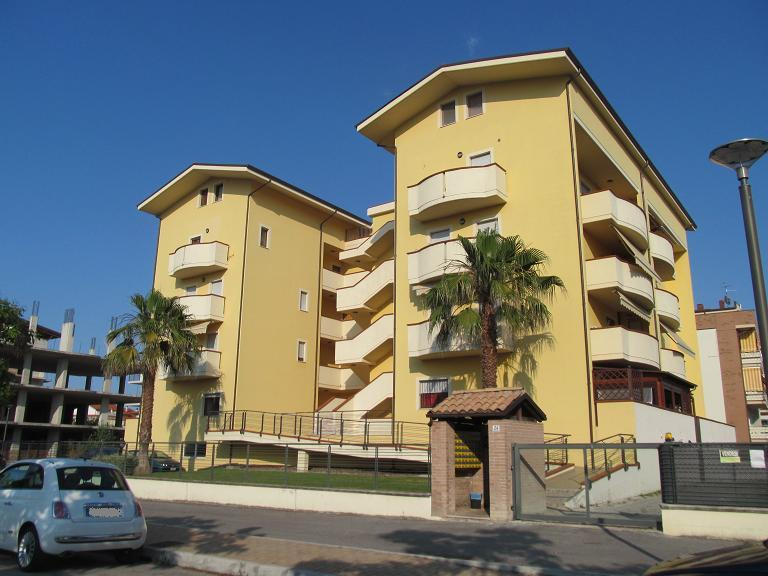Appartamento in vendita in via d 39 ilio 24 zona sambuceto for Magri arreda san giovanni teatino