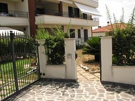 Appartamento in vendita via Rosburgo Roseto degli Abruzzi (TE)