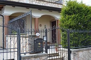 Casa indipendente in vendita Loc.ta' Piana s. Liberata Castel di Sangro (AQ)