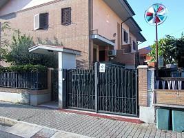 Appartamento in vendita via Liguria Martinsicuro (TE)