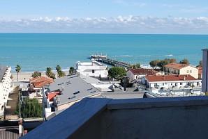 Appartamento in vendita via Nazionale 412 Roseto degli Abruzzi (TE)