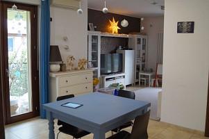 Porzione di casa in vendita Via Belvedere, 10 San Giovanni Teatino (CH)