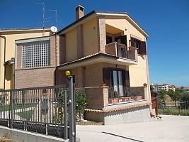 Villa in vendita  Scerni (CH)