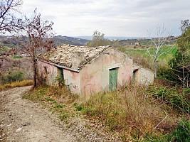 Casale o Rustico in vendita via casale Atessa (CH)