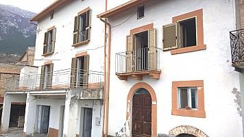 Casa indipendente in vendita Fonterossi Lama dei Peligni (CH)