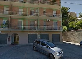 Negozio o Locale in vendita via picena Chieti (CH)