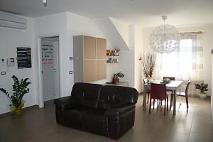 Villa bifamiliare in vendita Via Santa Chiara Rosciano (PE)