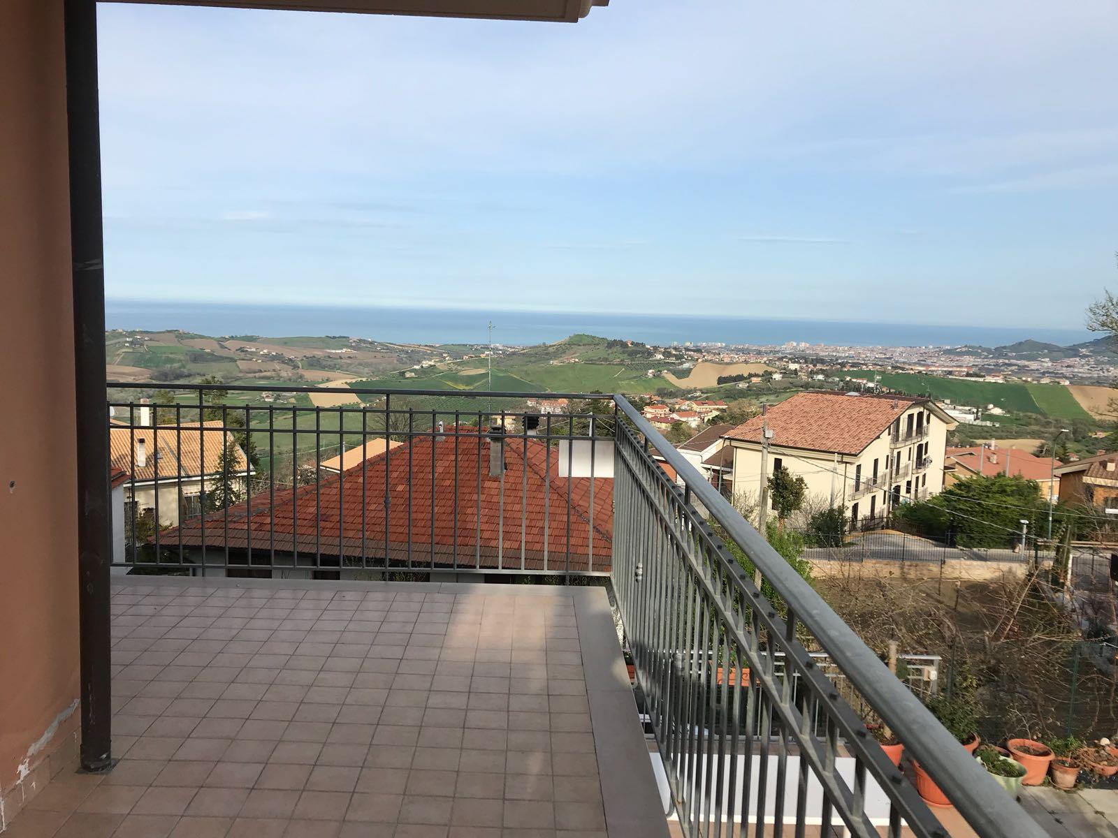 Appartamento in vendita via della madonnuccia 9 Città Sant'Angelo (PE)