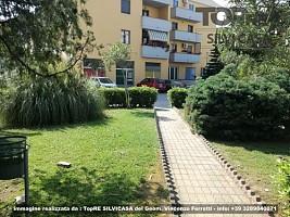 Appartamento in vendita via Falcone 5 Silvi (TE)