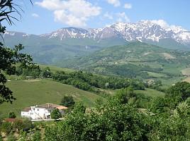 Casa indipendente in vendita San Giorgio contrada Traglione Castiglione Messer Raimondo (TE)