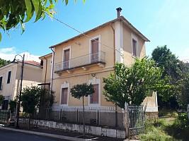 Villa in vendita corso italia Lecce nei Marsi (AQ)