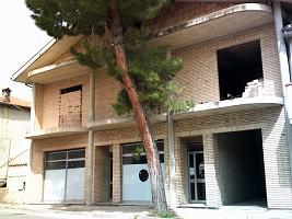 Casa indipendente in vendita via cappuccini Loreto Aprutino (PE)