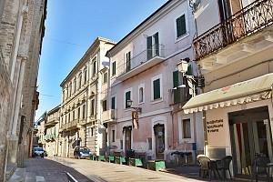 Appartamento in vendita Vico Santa Chiara 4 Città Sant'Angelo (PE)