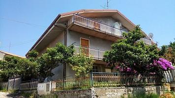 Porzione di casa in vendita via carlo altobelli 42 Chieti (CH)
