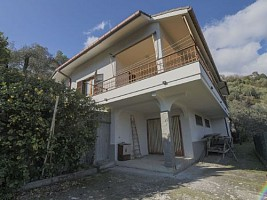 Villetta in vendita caperana case sparse 17 Chiavari (GE)