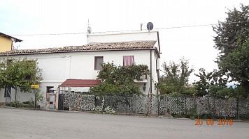 Porzione di casa in vendita Via Orientale Casalincontrada (CH)